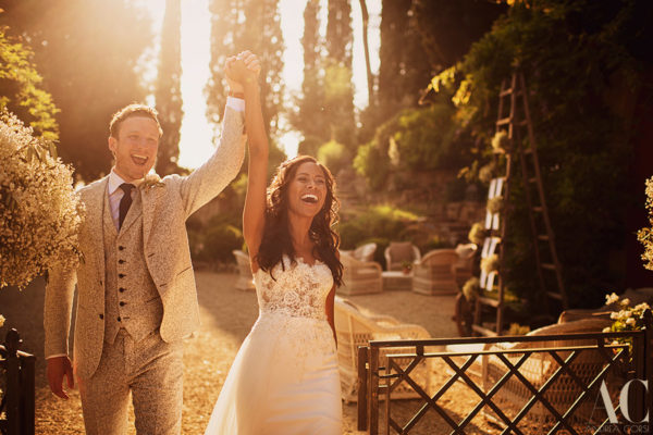 Villa le Fontanelle wedding Photographer, Tuscany. Jade and Ryan get married.