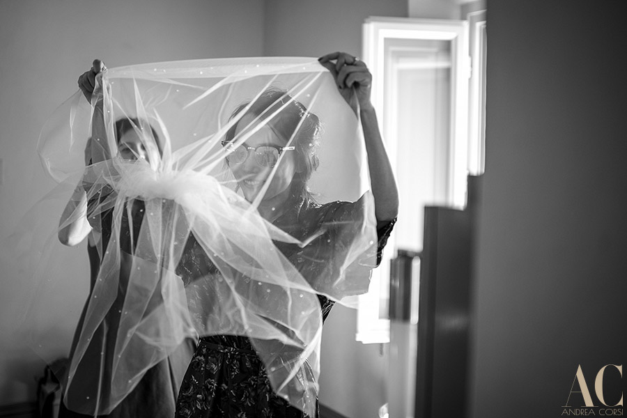 Destination Wedding Photographer Siena(Tuscany). Wedding in ITALY, La Foce: Cheryl & Vincent get married. Andrea Corsi professional italian wedding photographer.