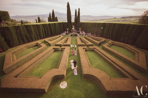 Wedding Photographer in Pienza (Siena). La Foce: Cheryl and Vincent get married.